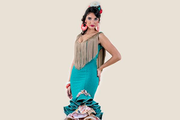 Vestido de flamenca en verde con manga a la sisa Rociera ... 32a72f1bafdd